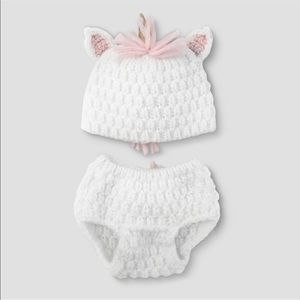 New with tag newborn unicorn 2 pieces. $15